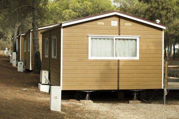 תוספת מבנים ניידים מעץ למגורים ולמכירה במחירים מעולים! | פרגוליין FD-56